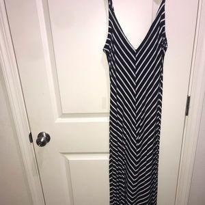 Iris Maxi Dress- Size: L